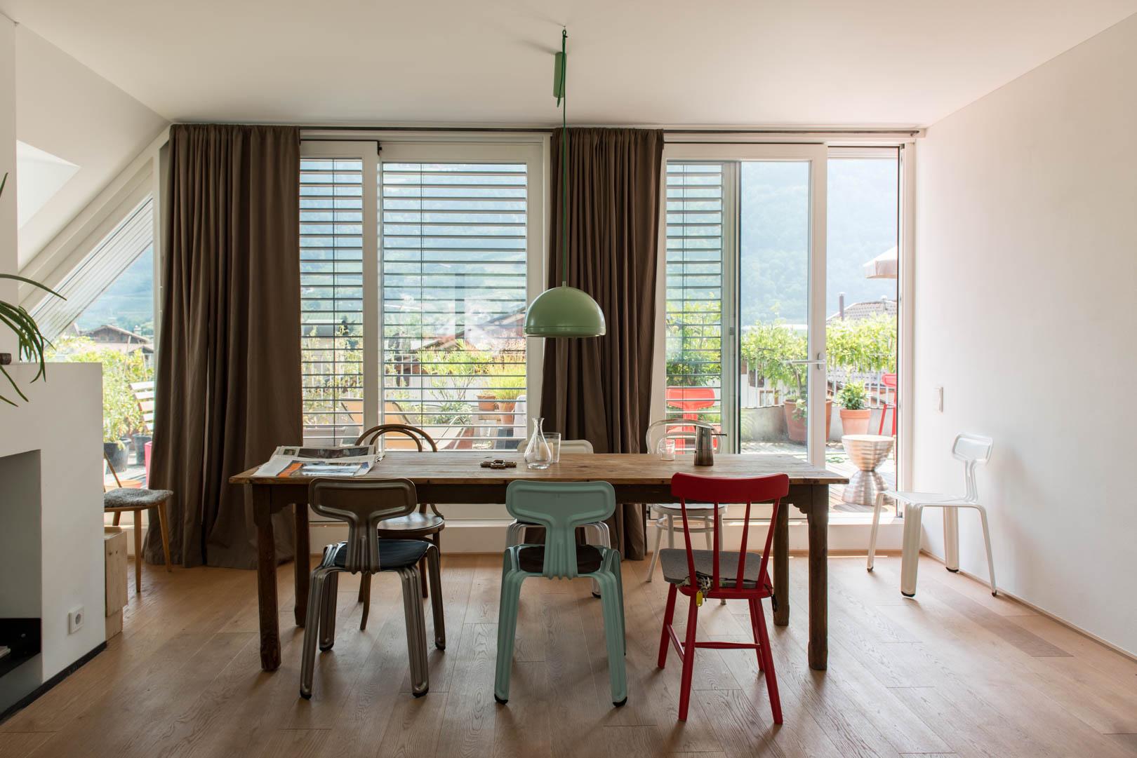 Designer Harry Thaler in seiner Wohnung in Meran
